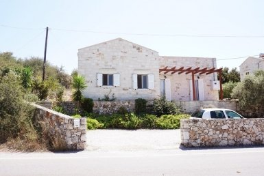 Apokoronas Villa For Sale in Vamos, Chania